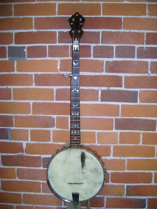 Why Are There Moon And Stars On Old Time Banjos