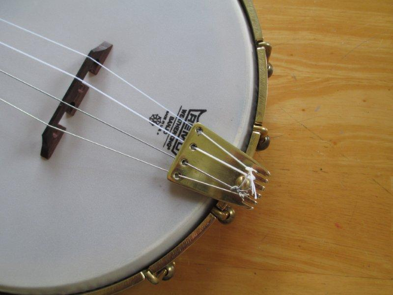 Best tailpiece for nylon? - Discussion Forums - Banjo Hangout