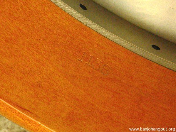 banjo serial numbers gibson neonscreen. Black Bedroom Furniture Sets. Home Design Ideas
