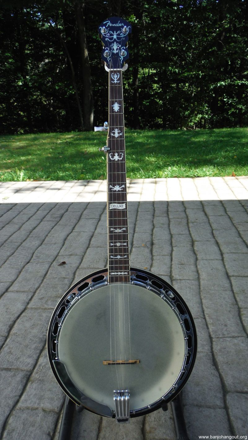 fender deluxe 5 string banjo used banjo for sale at. Black Bedroom Furniture Sets. Home Design Ideas