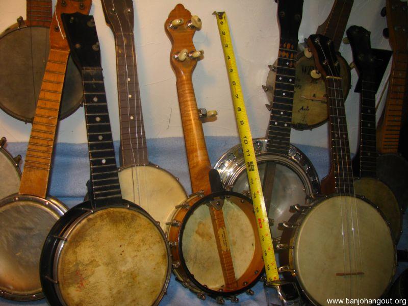 vintage piccolo banjos banjo ukes used banjo for sale at. Black Bedroom Furniture Sets. Home Design Ideas