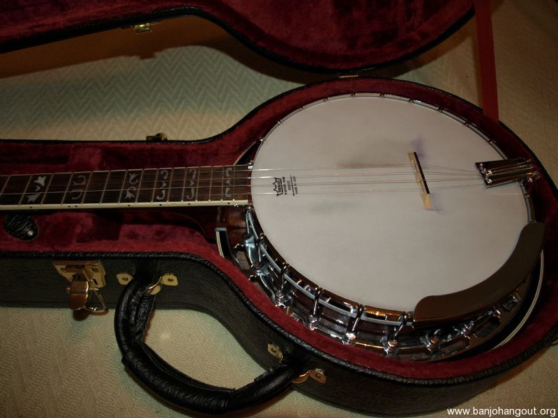 fender fb 55 banjo with deluxe case used banjo for sale at. Black Bedroom Furniture Sets. Home Design Ideas