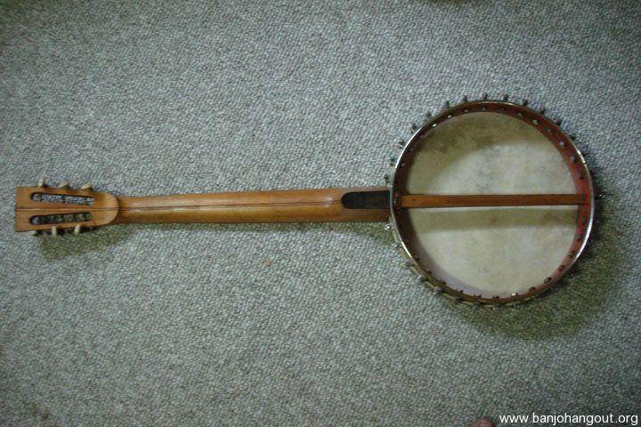 sold 1920 39 s wurlizter 6 string banjo with vintage gibson case used banjo for sale at. Black Bedroom Furniture Sets. Home Design Ideas