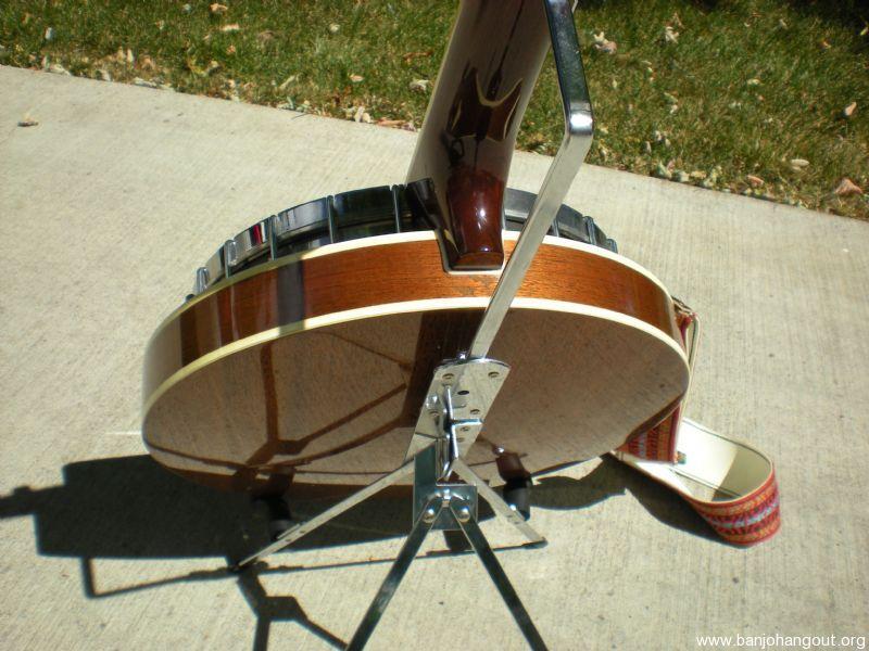 lotus banjo 5 string duel coordinator rod quartz tuner stand case used banjo for sale at. Black Bedroom Furniture Sets. Home Design Ideas