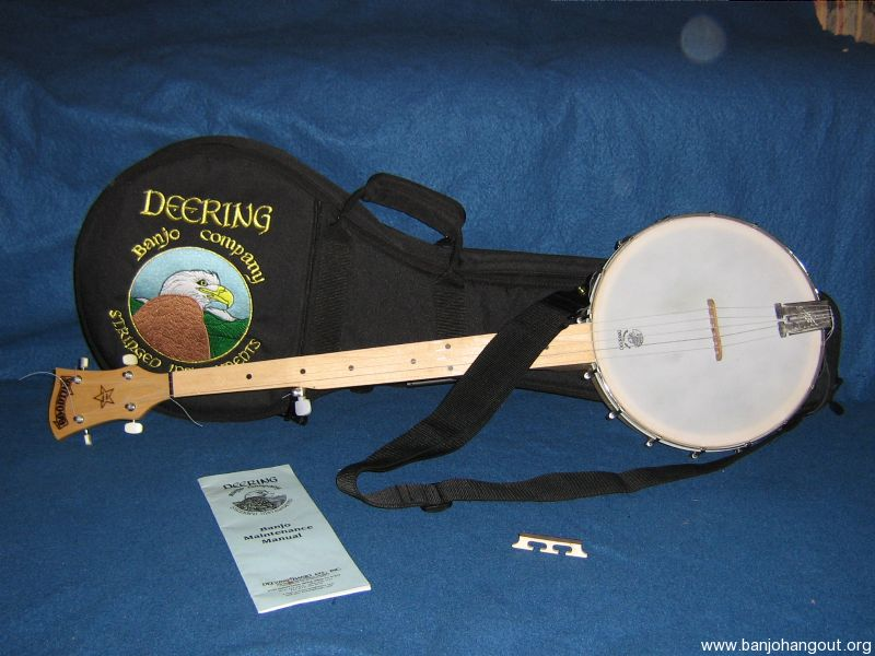 """deering black personals #0126201-9269, with original hard shell case deering says (edited): """"for the modern banjoist, the black diamond breaks with tradition both in the distinctive appearance and in the unique tonal quality the black mylar head creates a phenomenal sounding modern banjo the black diamond has been."""