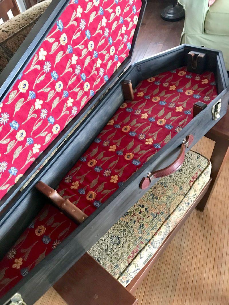 Coffin Case Progress/Update - Discussion Forums - Banjo Hangout