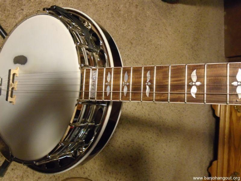 Sullivan banjo