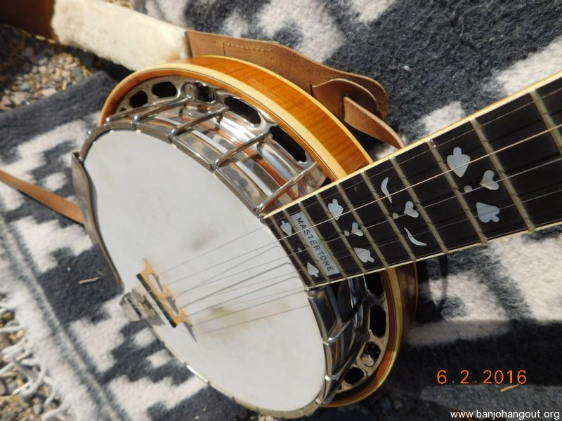 For Sale - First Year Gibson Earl Scruggs Hearts & Flowers