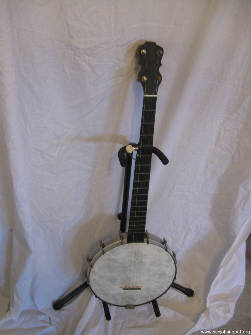 Vintage Lyon and Healy 5 String Banjo, further reduction
