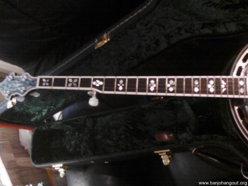 For Sale - Curly Maple Recording King RK-85